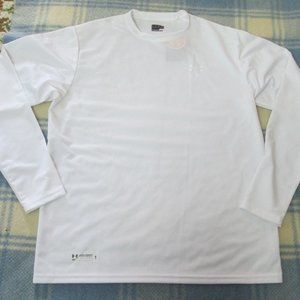 UNDER ARMOUR LOOSE HEAT GEAR SHIRT SIZE LARGE NWT